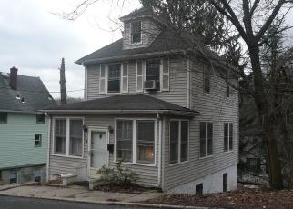 Pre Foreclosure in Staten Island 10304 HILLSIDE AVE - Property ID: 1227280829