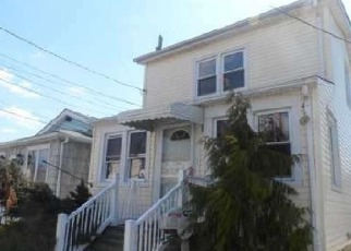 Pre Foreclosure in Elmont 11003 EAGLE AVE - Property ID: 1227600545