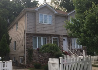 Pre Foreclosure in Staten Island 10303 HOLLAND AVE - Property ID: 1227767859