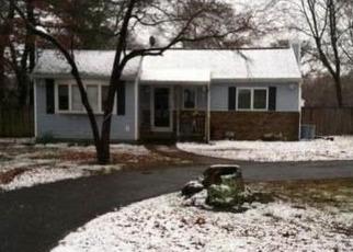 Pre Foreclosure in Farmingville 11738 RIDGEDALE AVE - Property ID: 1227942152