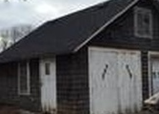 Pre Foreclosure in Patchogue 11772 RIVER AVE - Property ID: 1228218524