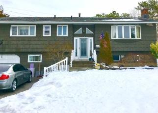 Pre Foreclosure in Huntington Station 11746 KILMER AVE - Property ID: 1228914912