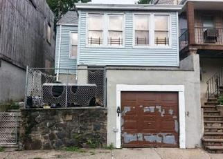 Pre Foreclosure in Staten Island 10301 YORK AVE - Property ID: 1229025714