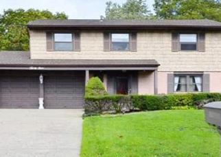 Pre Foreclosure in Smithtown 11787 MEADOW RD - Property ID: 1229841661