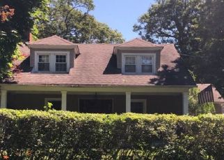 Pre Foreclosure in Brightwaters 11718 N WINDSOR AVE - Property ID: 1231505518