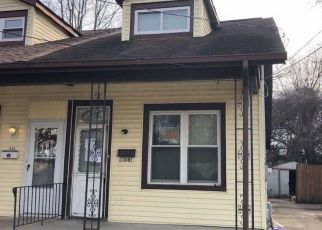 Pre Foreclosure in Gloucester City 08030 LEHIGH AVE - Property ID: 1231566842