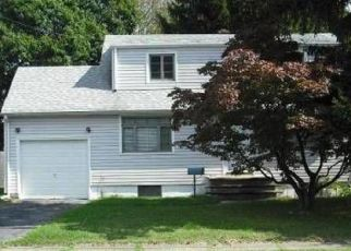 Pre Foreclosure in South Plainfield 07080 S CENTRAL AVE - Property ID: 1231977658