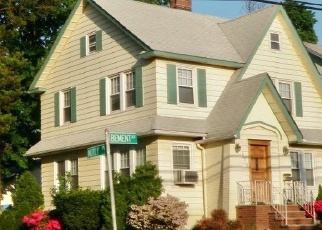 Pre Foreclosure in Staten Island 10310 BEMENT AVE - Property ID: 1233038877