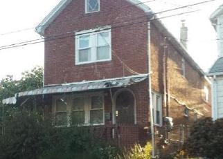 Pre Foreclosure in Queens Village 11428 VANDERVEER ST - Property ID: 1233718154
