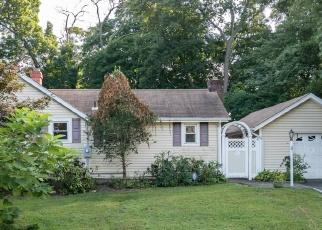 Pre Foreclosure in Amityville 11701 UNION AVE - Property ID: 1233730424