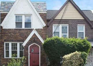 Pre Foreclosure in East Elmhurst 11369 32ND AVE - Property ID: 1233796560