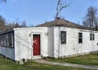 Pre Foreclosure in Fishkill 12524 CLOVE RD - Property ID: 1234038769