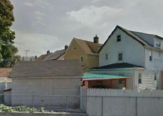 Pre Foreclosure in Queens Village 11429 MURDOCK AVE - Property ID: 1234136427
