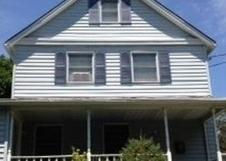 Pre Foreclosure in Huntington Station 11746 OLIVE ST - Property ID: 1234274837