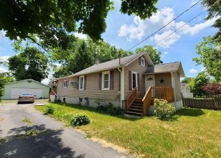 Pre Foreclosure in Middletown 10940 EXCELSIOR AVE - Property ID: 1234883615