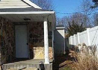 Pre Foreclosure in Patchogue 11772 E 8TH ST - Property ID: 1235160411
