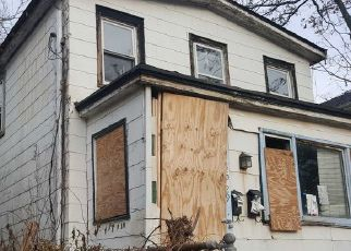 Pre Foreclosure in Flushing 11355 ROBINSON ST - Property ID: 1235311510
