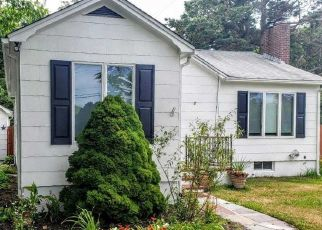 Pre Foreclosure in Patchogue 11772 RIDER AVE - Property ID: 1235641753