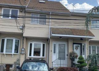 Pre Foreclosure in Staten Island 10302 HOUSTON LN - Property ID: 1235713124