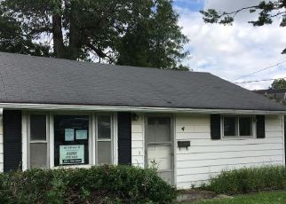 Pre Foreclosure in Holley 14470 PARKWAY ST - Property ID: 1235924233