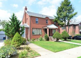 Pre Foreclosure in Flushing 11358 165TH ST - Property ID: 1236011842