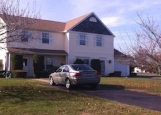 Pre Foreclosure in Coram 11727 DOVE PATH - Property ID: 1236030671
