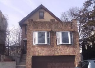 Pre Foreclosure in Bronx 10461 PLYMOUTH AVE - Property ID: 1236206734