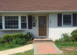 Pre Foreclosure in Lindenhurst 11757 LIDO PKWY - Property ID: 1236348639