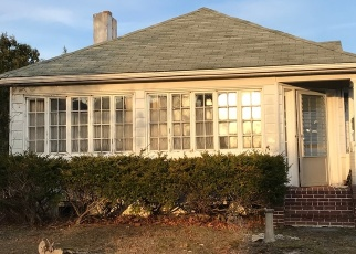 Pre Foreclosure in Brightwaters 11718 BAYWAY AVE - Property ID: 1236570695