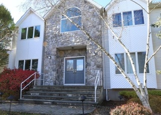 Pre Foreclosure in New City 10956 WALNUT CT - Property ID: 1236671874