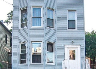 Pre Foreclosure in Bronx 10460 LELAND AVE - Property ID: 1236773471
