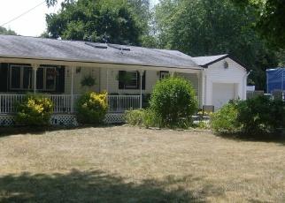 Pre Foreclosure in Medford 11763 ROBINSON AVE - Property ID: 1237116398