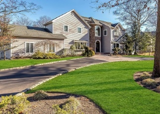 Pre Foreclosure in East Islip 11730 HUNTTING LN - Property ID: 1237349857
