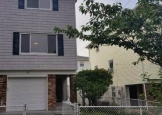 Pre Foreclosure in Staten Island 10304 PARK HILL LN - Property ID: 1237481678