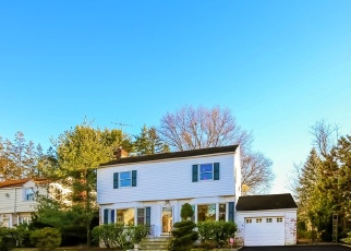 Pre Foreclosure in Scarsdale 10583 HUTCHINSON BLVD - Property ID: 1237617445
