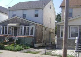 Pre Foreclosure in Queens Village 11428 214TH ST - Property ID: 1237676125