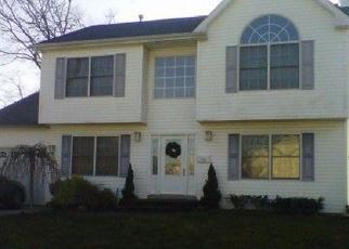 Pre Foreclosure in Islip Terrace 11752 ISLIP BLVD - Property ID: 1237744905