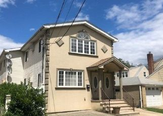 Pre Foreclosure in Rosedale 11422 CANEY RD - Property ID: 1238115872