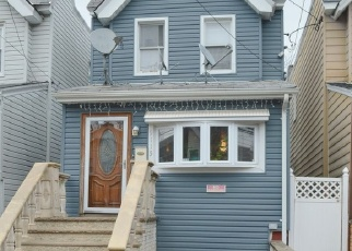 Pre Foreclosure in Woodhaven 11421 91ST ST - Property ID: 1238836323
