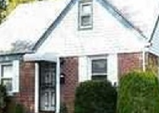 Pre Foreclosure in Uniondale 11553 MACON PL - Property ID: 1239202925