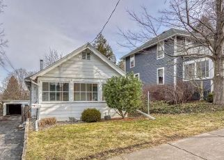 Pre Foreclosure in Fairport 14450 SUMMIT ST - Property ID: 1239399111