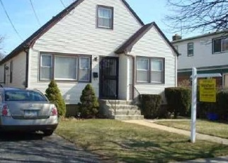 Pre Foreclosure in Hempstead 11550 GREEN AVE - Property ID: 1240081938