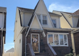 Pre Foreclosure in Middle Village 11379 63RD AVE - Property ID: 1240245283