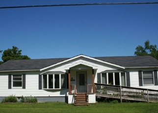 Pre Foreclosure in Essex 12936 LAKESHORE RD - Property ID: 1240469980