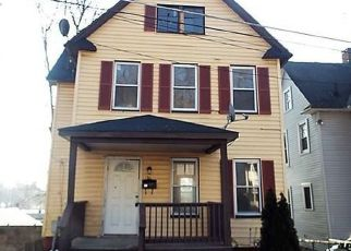 Pre Foreclosure in Middletown 10940 LINDEN AVE - Property ID: 1241321386