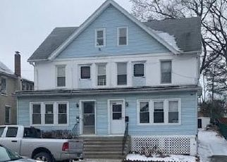 Pre Foreclosure in Middletown 10940 LINDEN AVE - Property ID: 1241326199