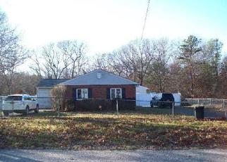 Pre Foreclosure in Coram 11727 SHADY LN - Property ID: 1241827248