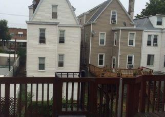 Pre Foreclosure in Bronx 10465 THROGGMORTON AVE - Property ID: 1241924934