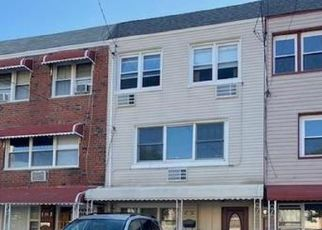 Pre Foreclosure in Bronx 10465 HUNTINGTON AVE - Property ID: 1241929748