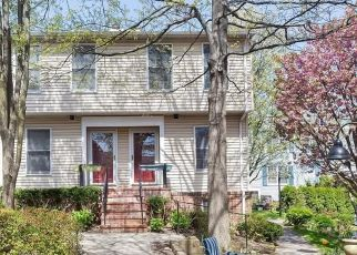 Pre Foreclosure in Port Chester 10573 WASHINGTON MEWS - Property ID: 1241934104